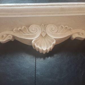 🆕Vintage style Ornate wall shelf